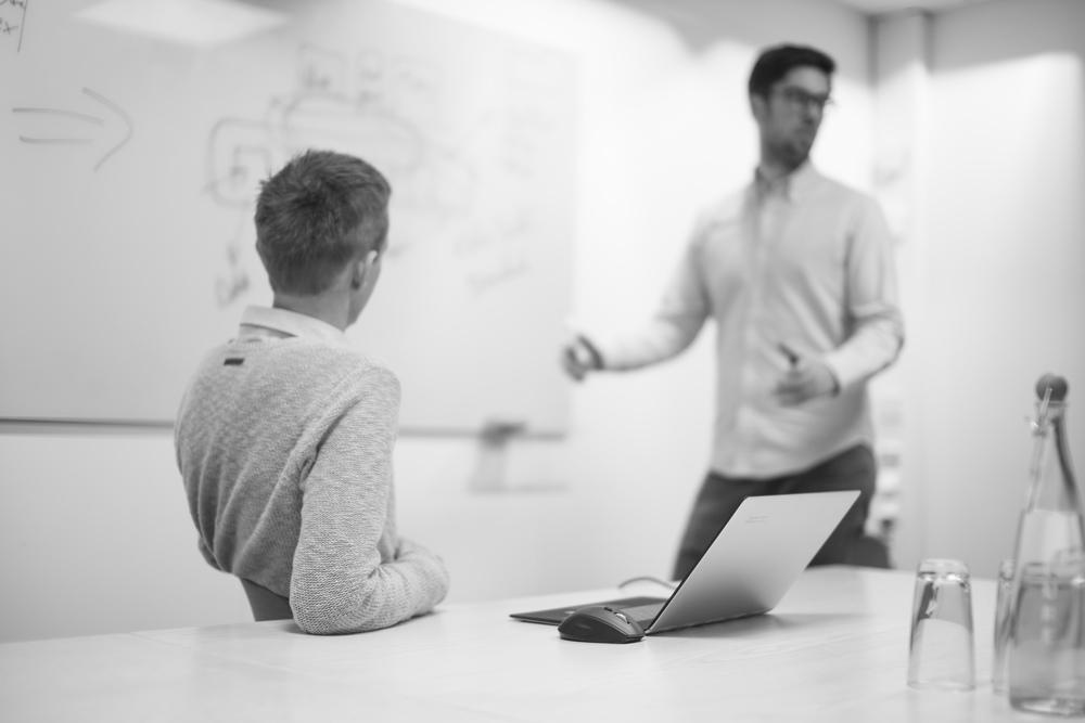 Effektiv regnskapsføring    Referanser  Medarbeidere