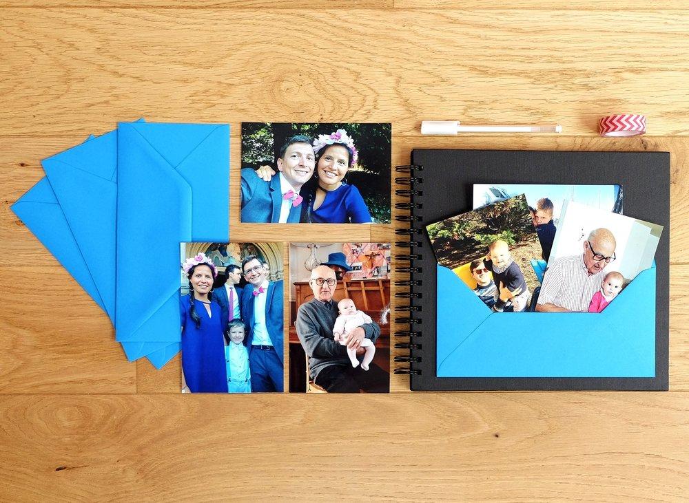 L'album photos et ses accessoires pour conserver et commenter les photos qui seront reçues au fil des semaines. Voilà de quoi matérialiser le cadeau PicInTouch. A ajouter en option avec vos tirages (+ 29€ - Frais de port colissimo et emballage cadeau inclus).