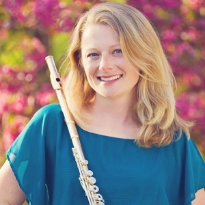 - CHRISTINA CONDON-NUMERICKWOODWINDSChristina Condon-Numerick has performed as a flute soloist around the Dayton and Cincinnati areas and in over 40 musical theatre orchestras on flute/clarinet/saxes. Christina maintains a competitive flute and clarinet studio in Centerville, Ohio.
