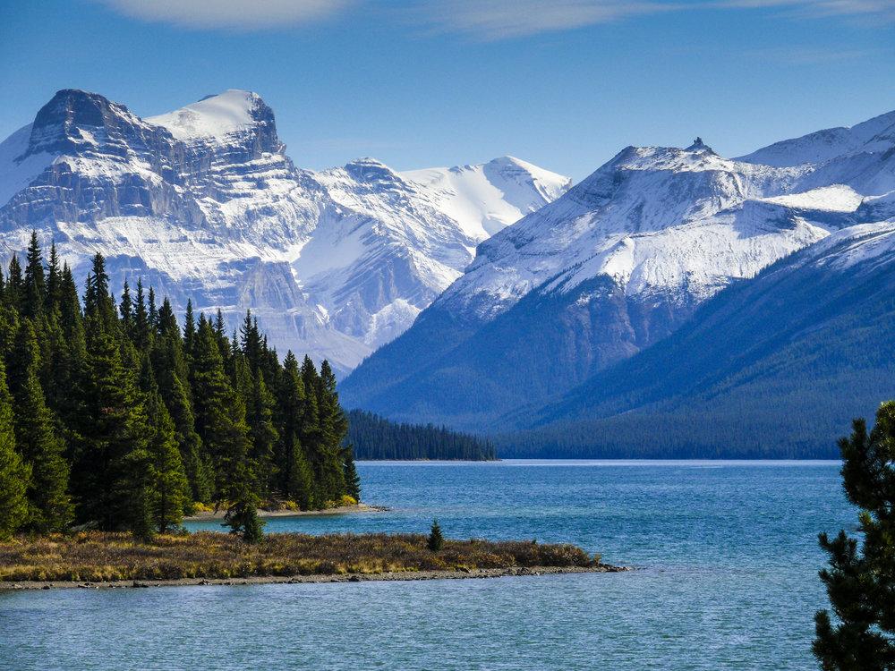 Maligne Lake 2.jpg