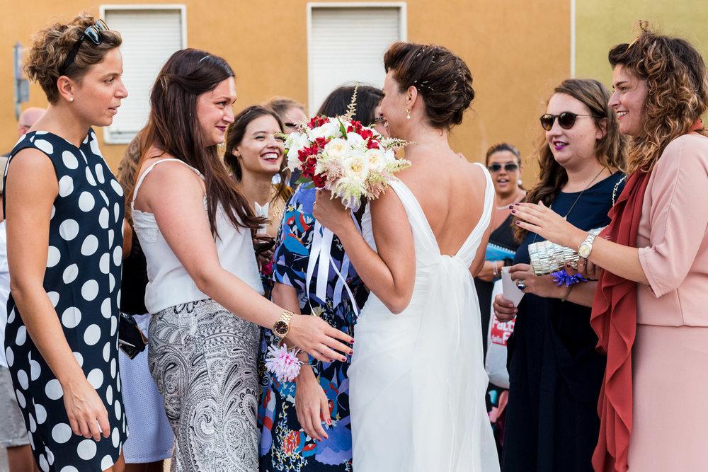fotografia-sposa-saluti-amiche