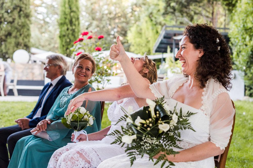 risate-allegria-felicità-matrimonio