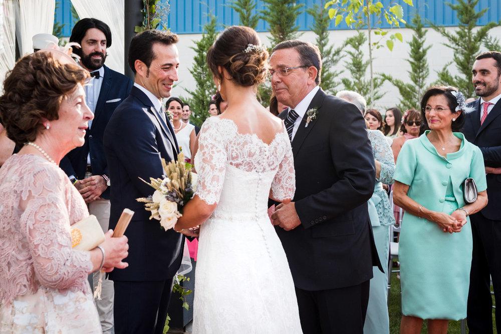 llega_la_novia-allegria-familias-emocion