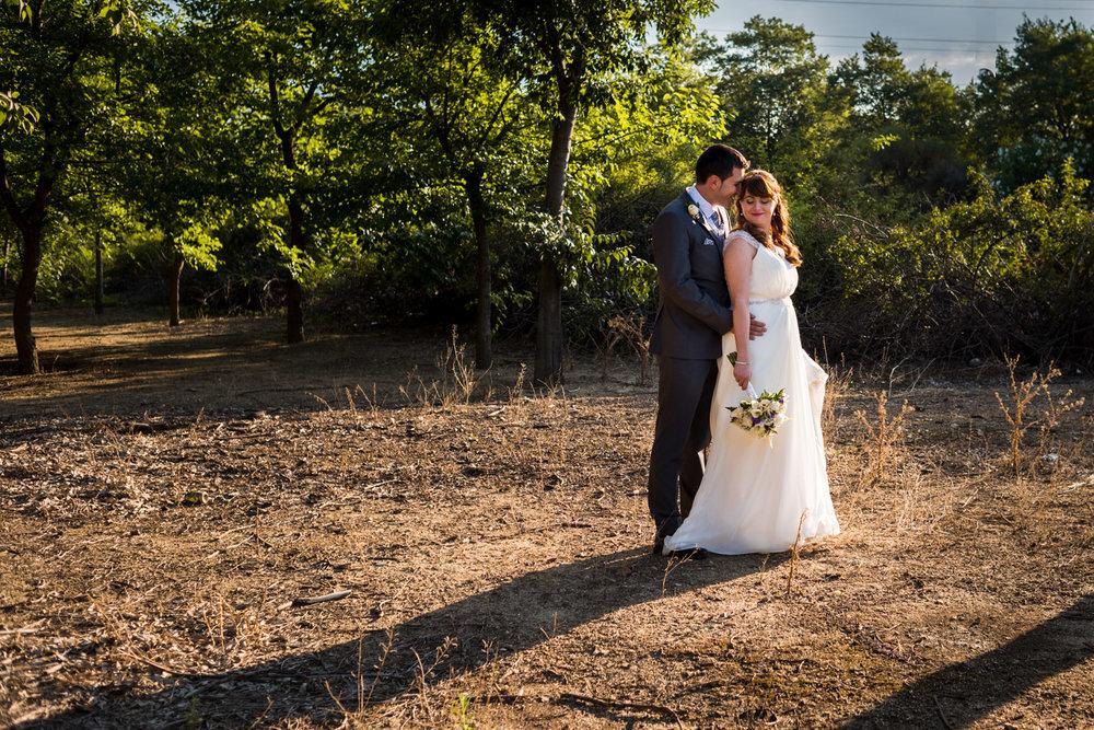 ti_amo-sposi-abbraccio-tenerezza-amore