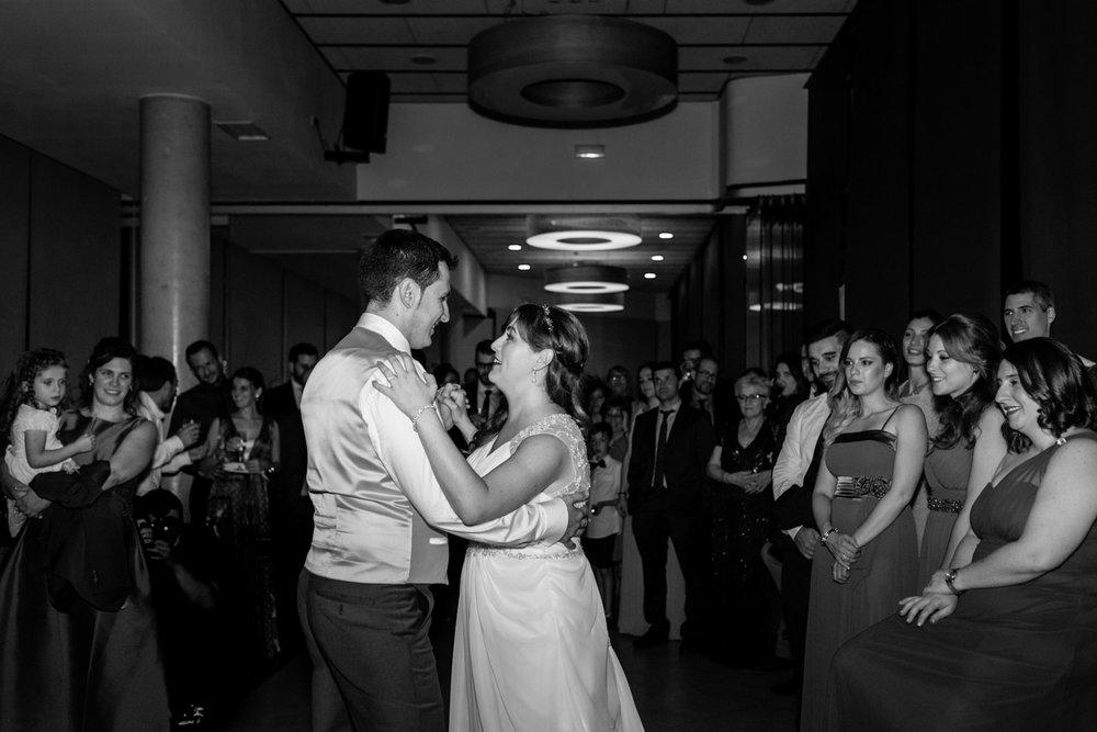 baile-novios-blanco_y_negro