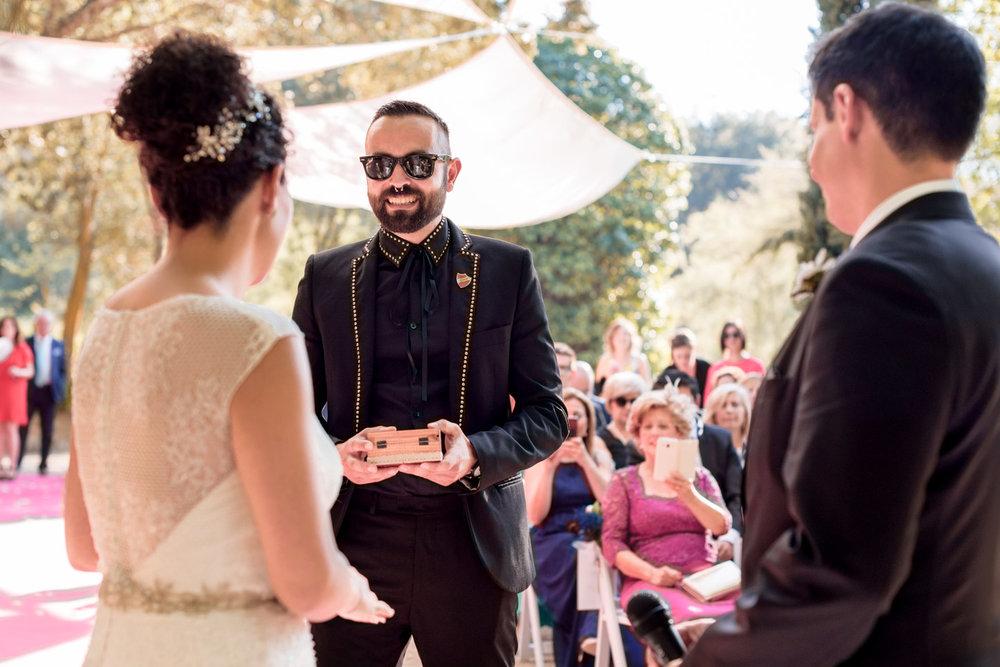 fotografia-boda-civil-finca_maradela-zamora-entrega_anillos