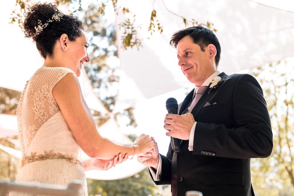 anelli-fedi_nuziali-sposi-emozionati