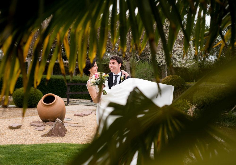 sposa_in_braccio-amore-allegria
