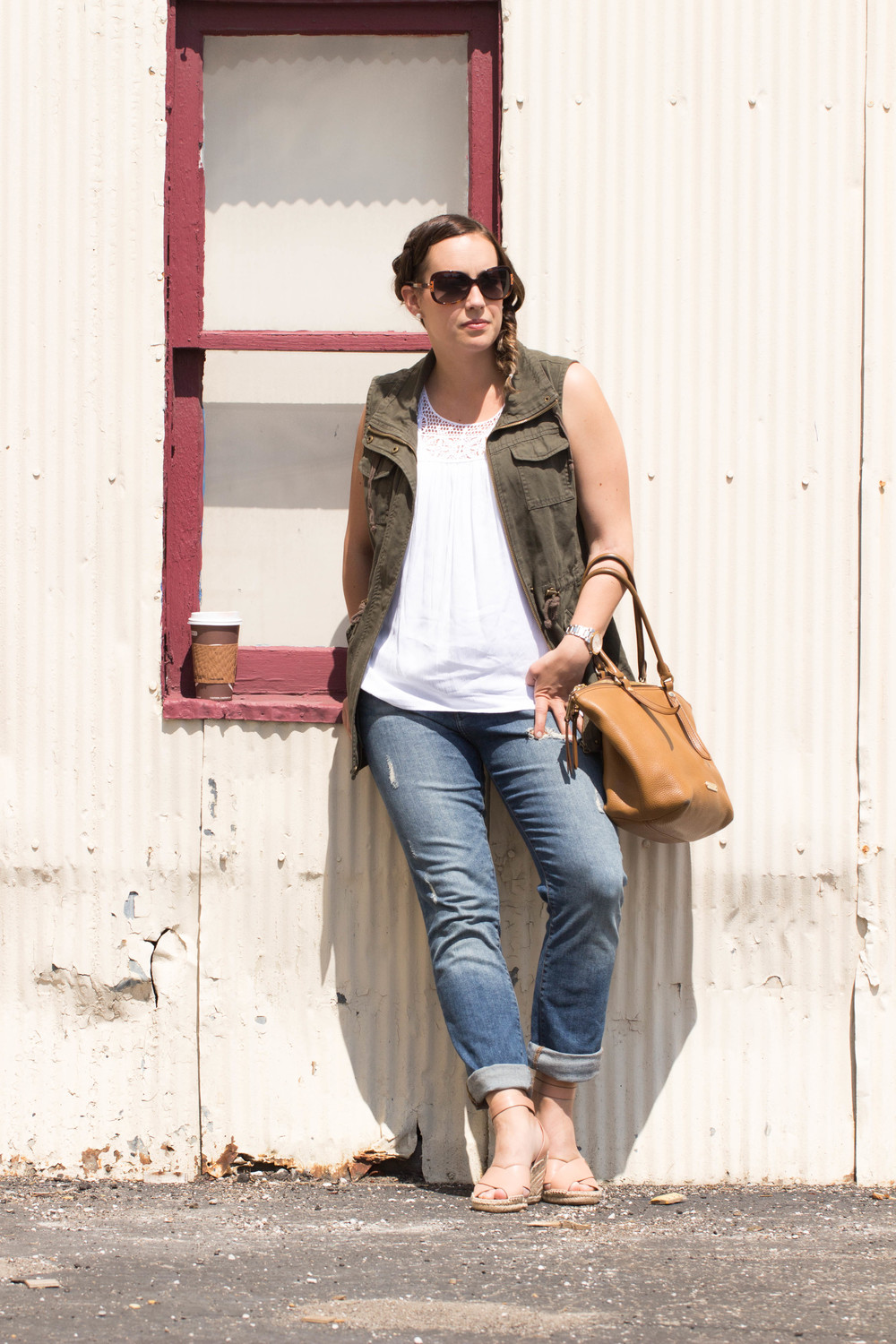 coffee dates, why coffee dates are needed, the perfect coffee date outfit, outfit of the day, sunday morning coffee, army green vest, jeans with heels,