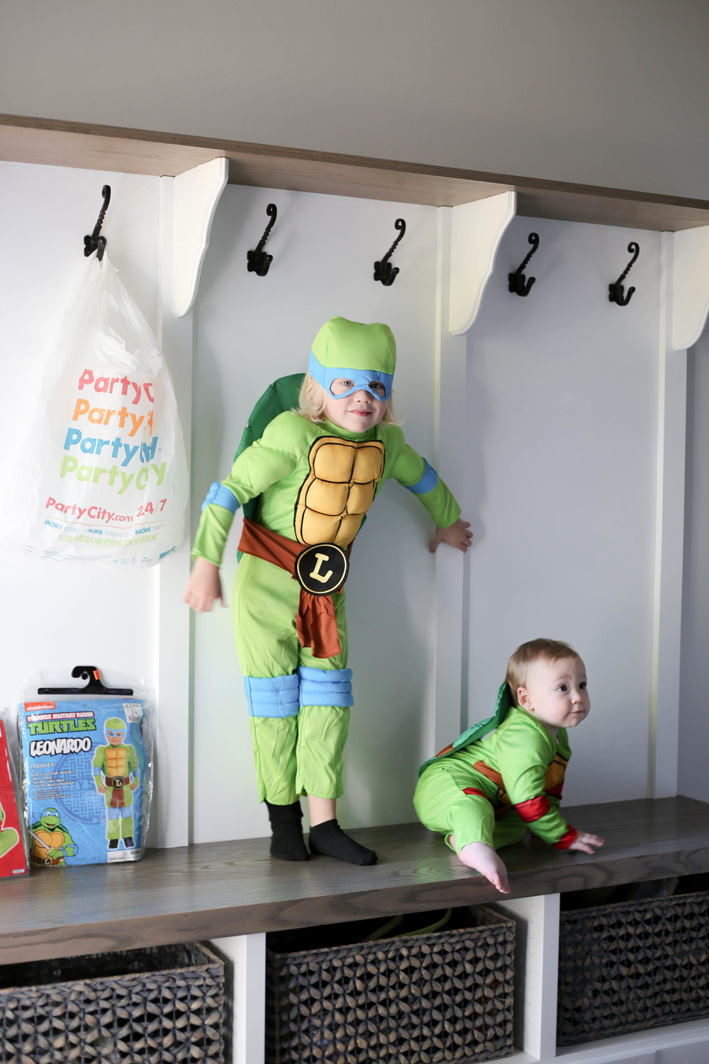 teenage mutant ninja turtles costume for two kids