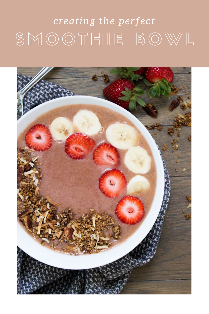 strawberry banana smoothie bowl recipe, strawberry banana smoothie bowl,  smoothie bowl ideas, how to make a smoothie bowl, smoothie bowl recipe, healthy snacks, the perfect smoothie bowl, coconut water, spinach, frozen banana, frozen strawberries, chia seeds, granola, fresh bananas, fresh strawberries,