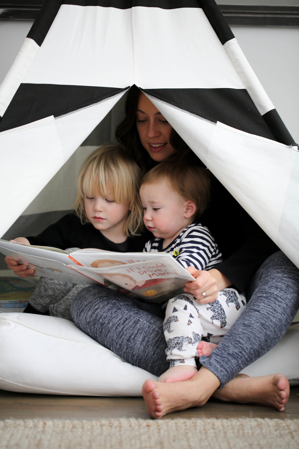 tips to for reading, reading with kids, how to read to a toddler