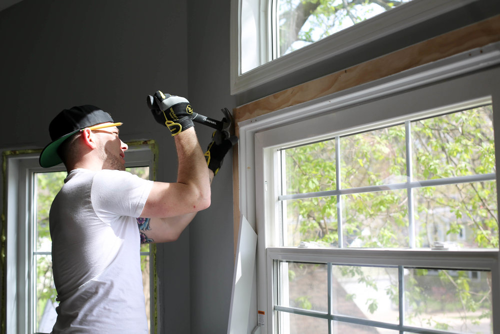 how to take off window casing