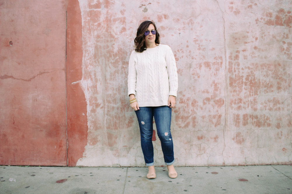 cream sweater, fashion that is comfortable, sweater with denim, skinny jeans and ballet flats, nude ballet flats, soft sweater, cream sweater with accessories, stackable bracelets, versatile bracelets,