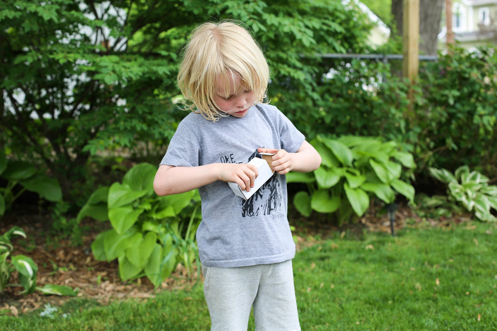 little helpers, kids help outdoor lights