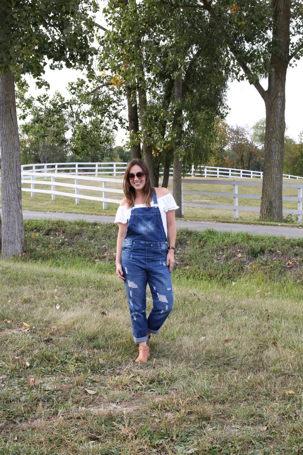 3 ways to style overalls, overall outfit, off the shoulder top and overalls, overalls and booties, white shirt and overalls, overall outfit