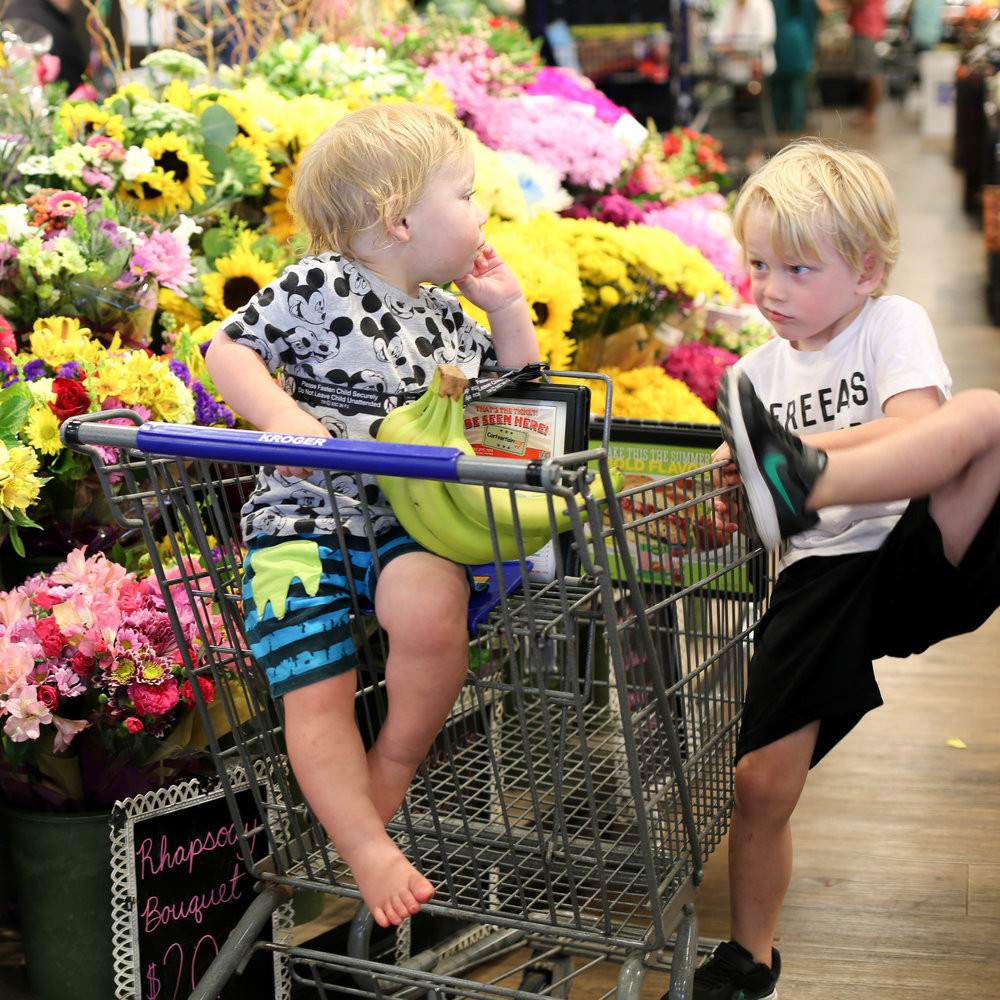 shopping with kids, teaching kids social skills through playdates, five things every parent should do, teachable moments