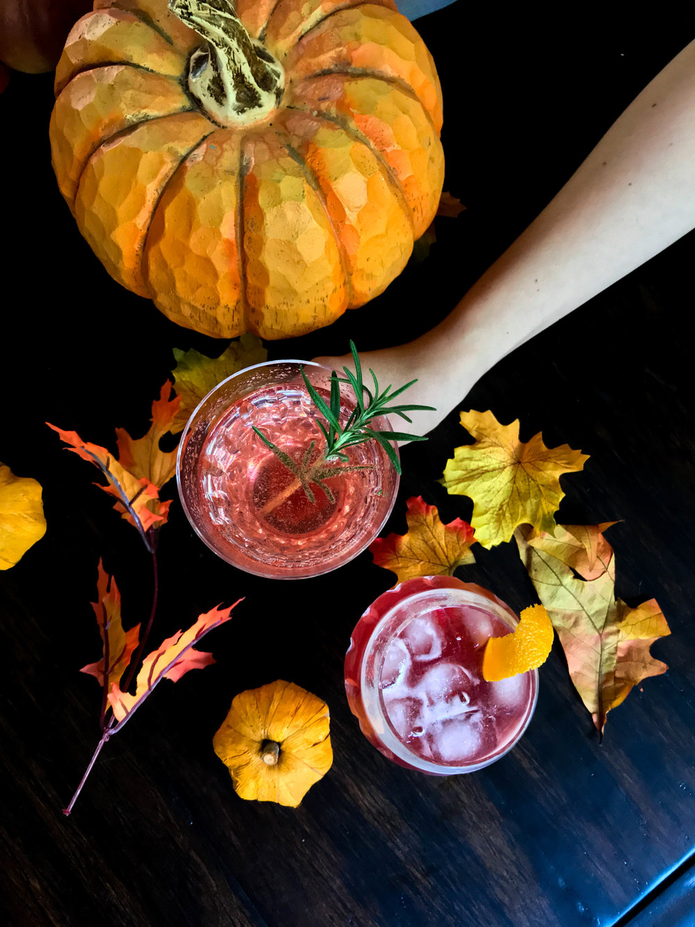 his and hers thanksgiving cocktails recipe, bourbon, prosecco, cranberry bourbon sipper, cranberry wine refresher, cocktails, cranberry simple syrup, thanksgiving drinks
