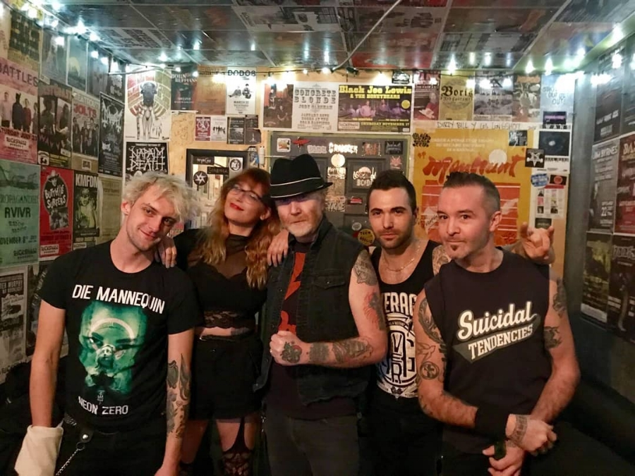 The Mahones photo.jpg