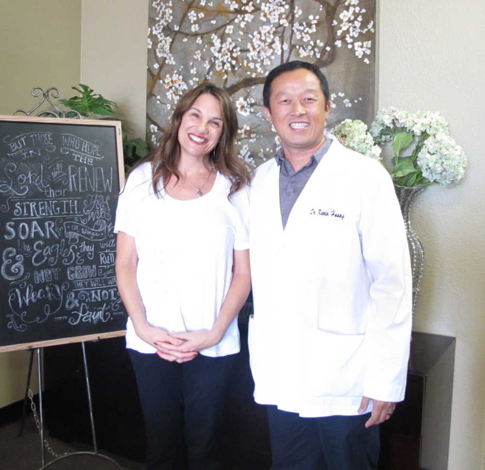 """DEPRESSION, HYPOTHYROIDISM, FEELING DOWN Acupuncture gave me a reason to smile!  """"One acupuncture treatment helped out with the depression. After coming to get acupuncture, I feel excited and positive about life."""""""