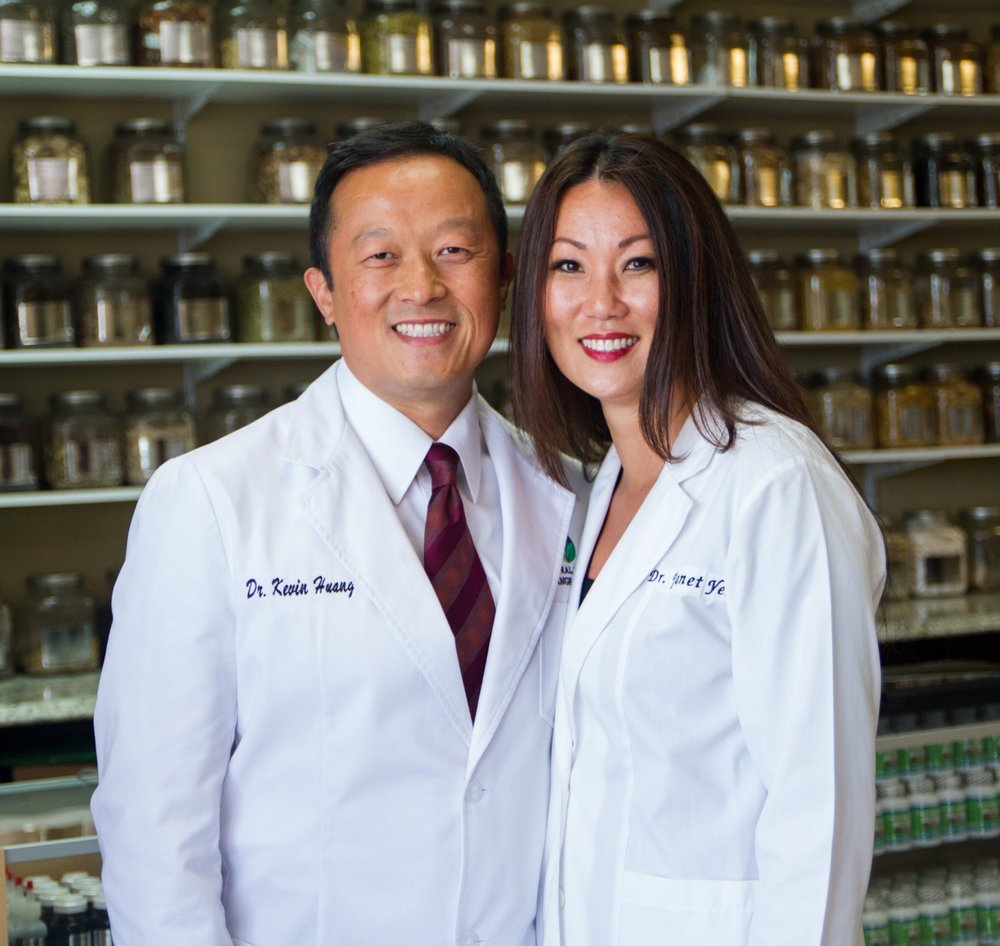 NATURAL MEDICINE DR. HUANG DR. YEH