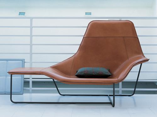 Zanotta 921 Lama Chaise Longue - Furniture File Ltd on chaise recliner chair, chaise furniture, chaise sofa sleeper,