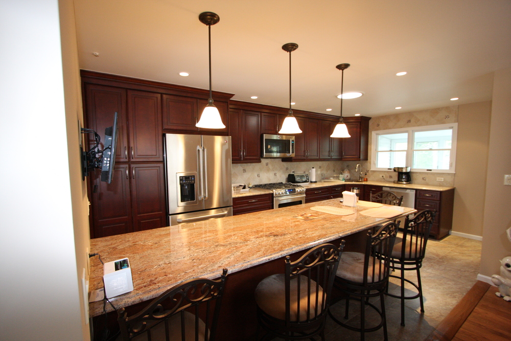 KITCHEN GALLERY - COHN 1
