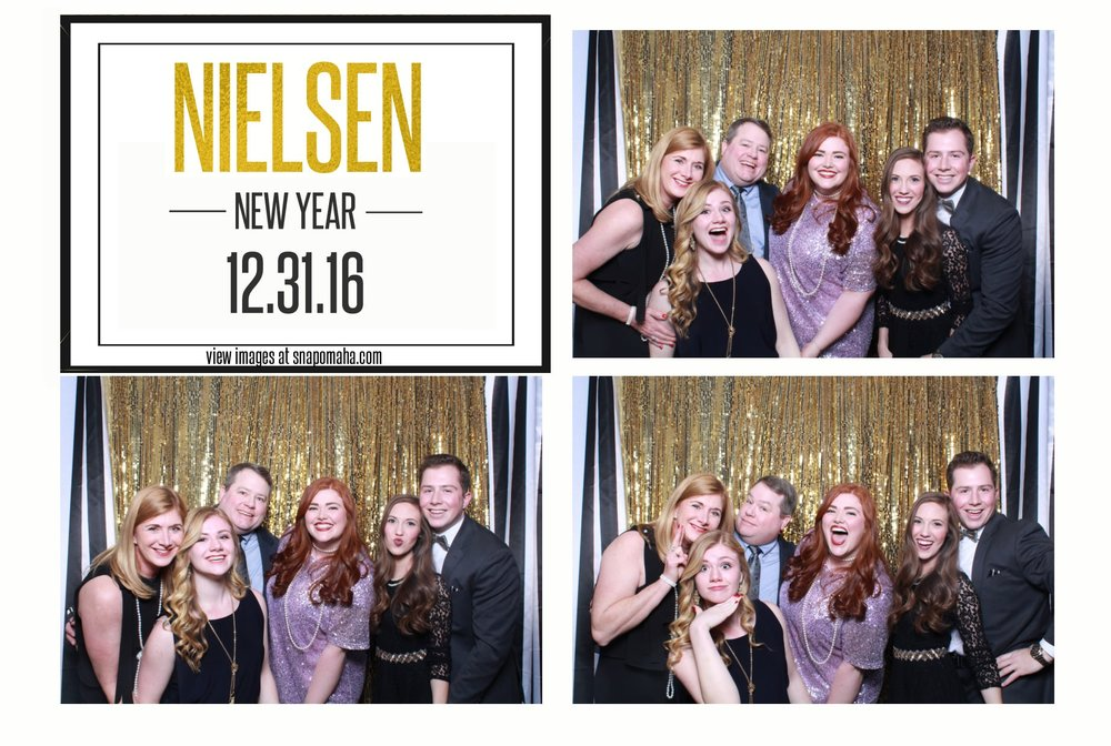 hilton omaha-omaha-nebraska-wedding-snap omaha photo booth