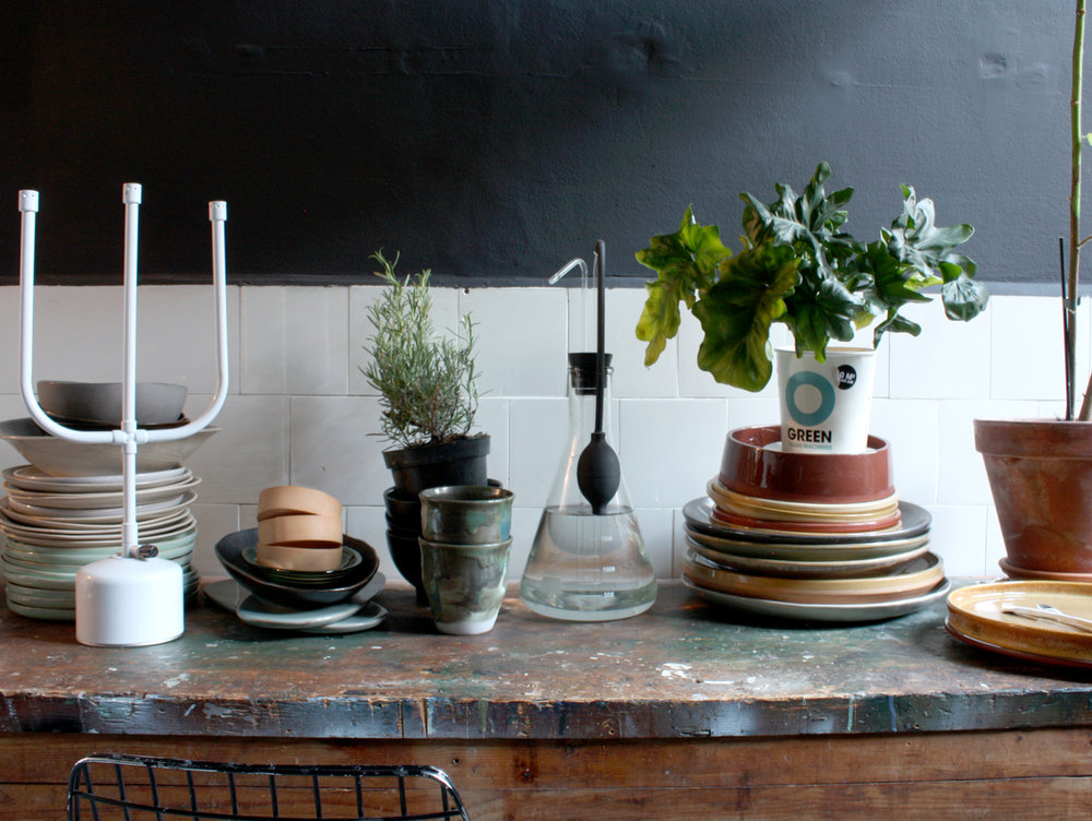 THE NICE STUFF COLLECTOR THEO-BERT POT INTERIOR BLOG INTERIEUR KEUKEN