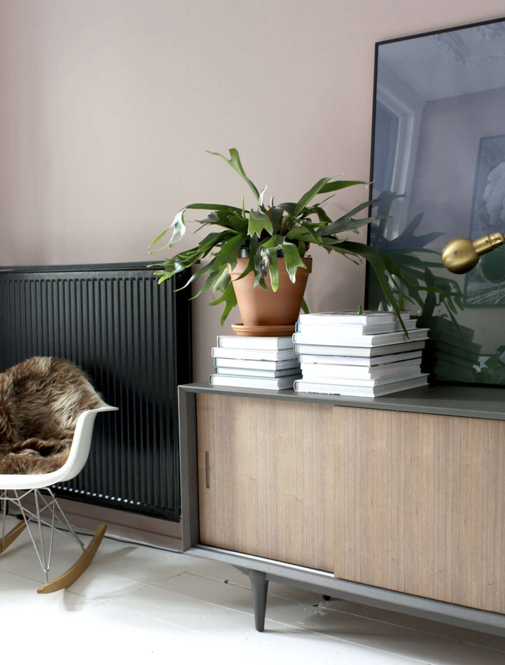 THE NICE STUFF COLLECTOR INTERIOR BLOG INTERIEUR BLOG THEO-BERT POT NETHERLANDS HOLLAND BLOG BEELD STAAND RUIJCH__3.jpg