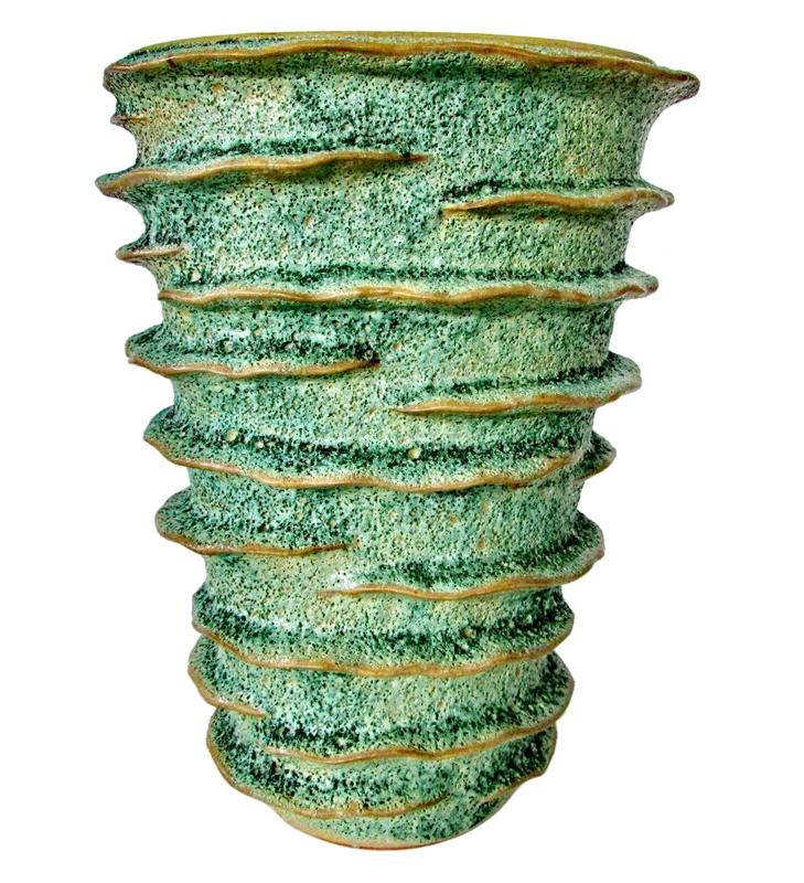 wave design vase.jpg