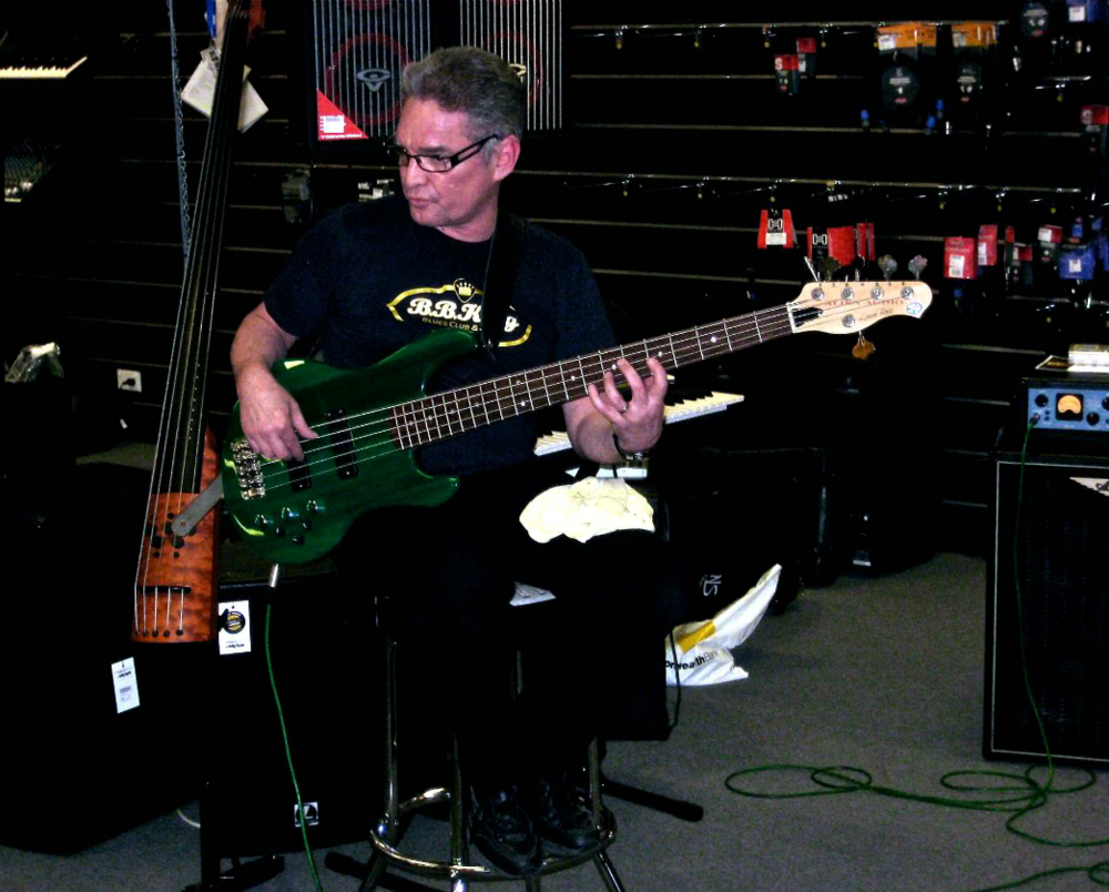 Artist  Rob Little                                               Bass  5 String Constellation Jazz