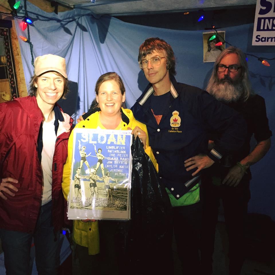 sloan-lucinda-countytshirts-sandbankmusic2016.jpg
