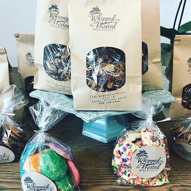 Grab some cookies and pastries for you holiday parties! We are open until 1 today and will be closed tomorrow.  #whippedandfrostedboutique #bakery #pastries  #cookies #sugarcookies #chocolatechipcookies #granola #breakfast #partytreats #shoplocal #freshbakedcookies