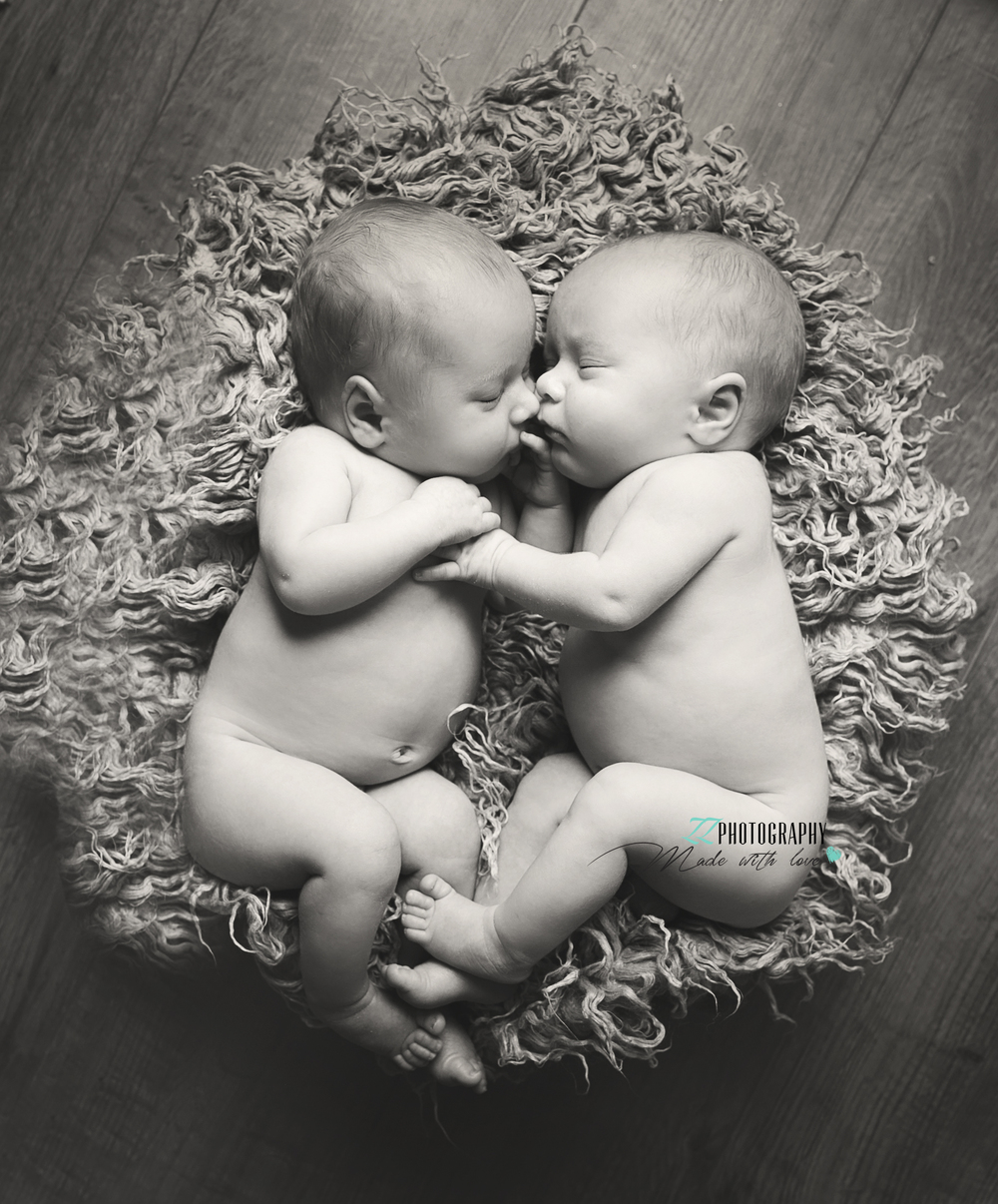 twins baby shoot exeter devon