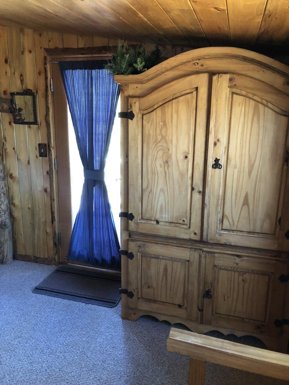 Bear Bottom - Bedroom