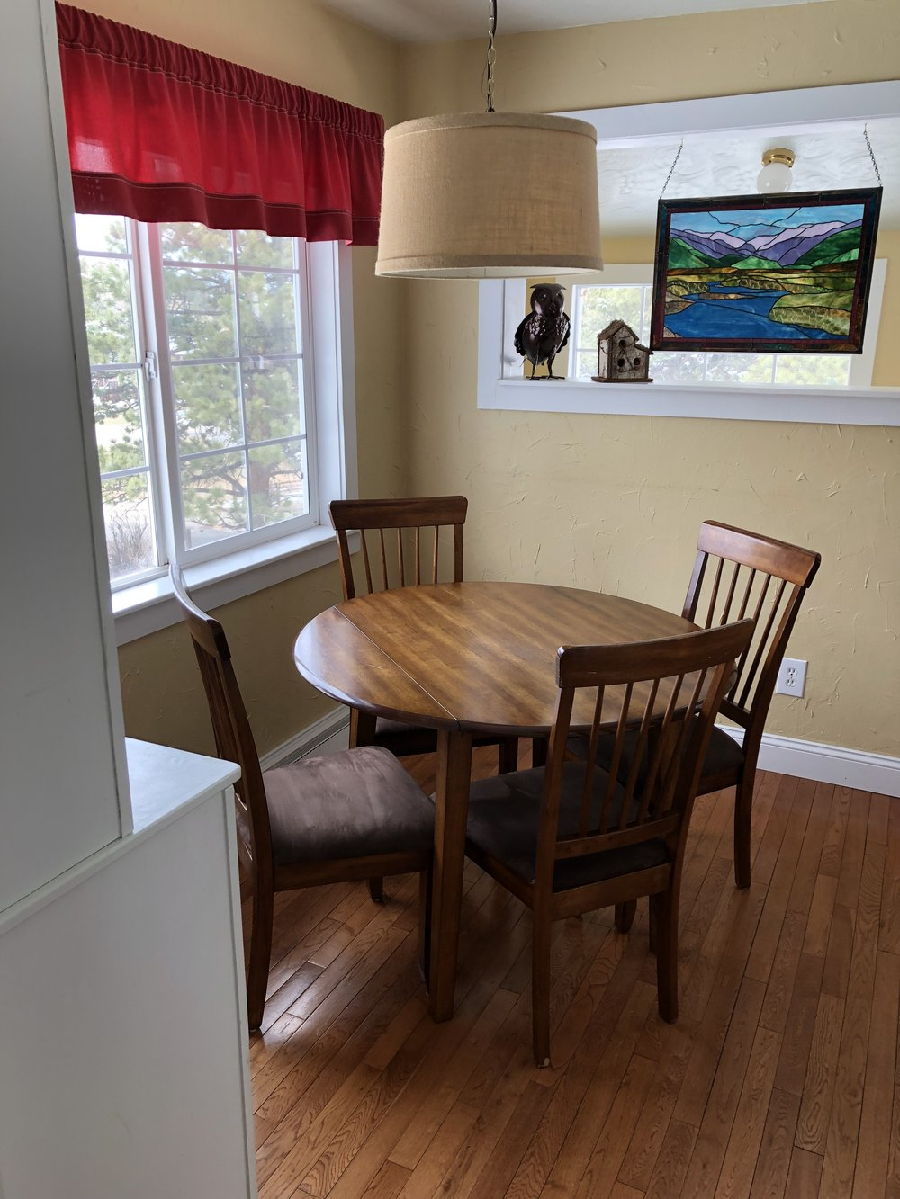 Twin Owls - Dining Table