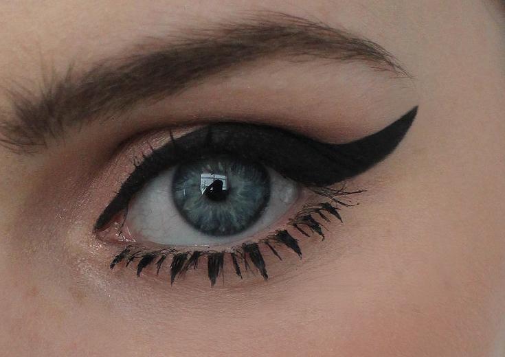Makeup/photo by Nicola honey Artistry