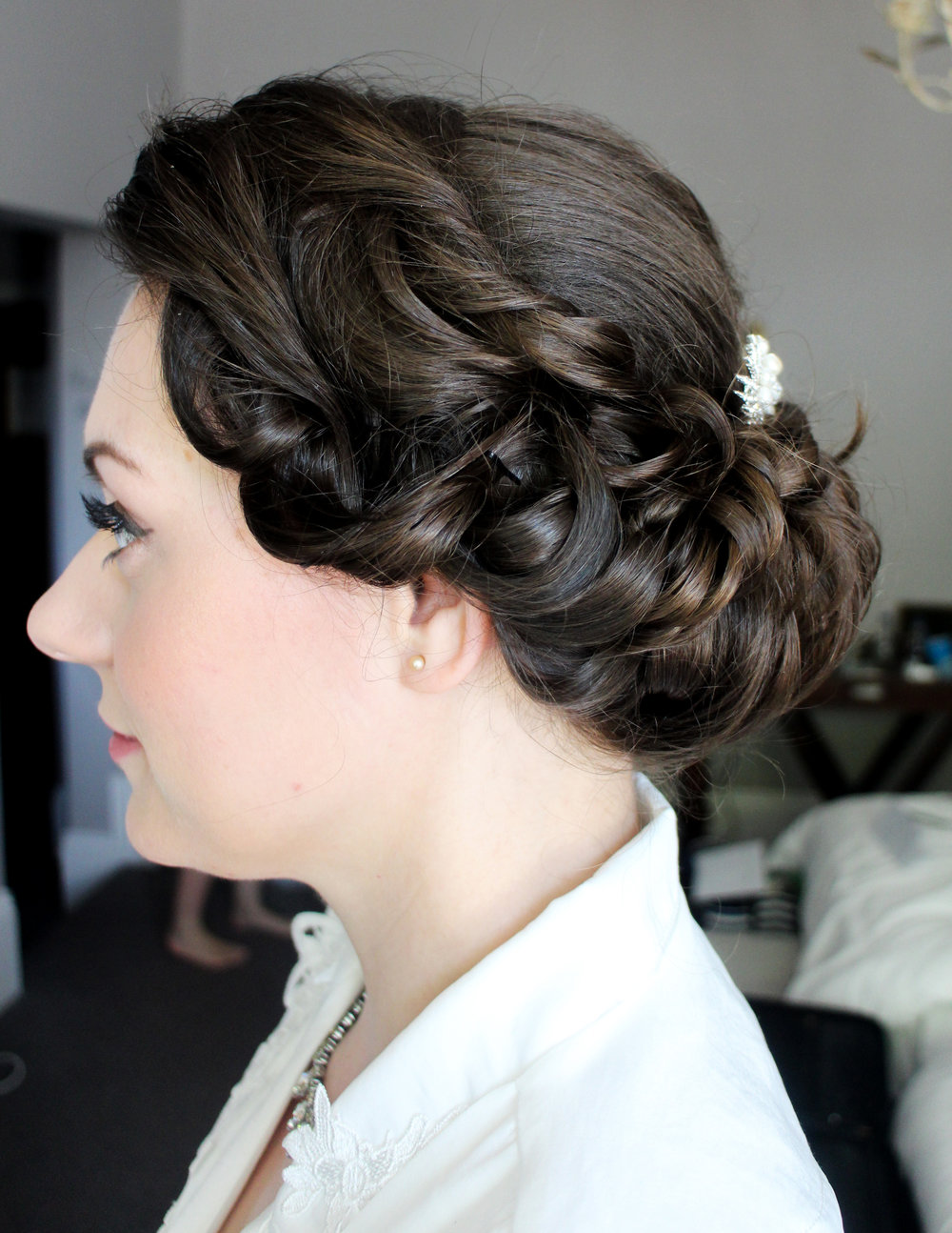 Gibson roll, vintage hair