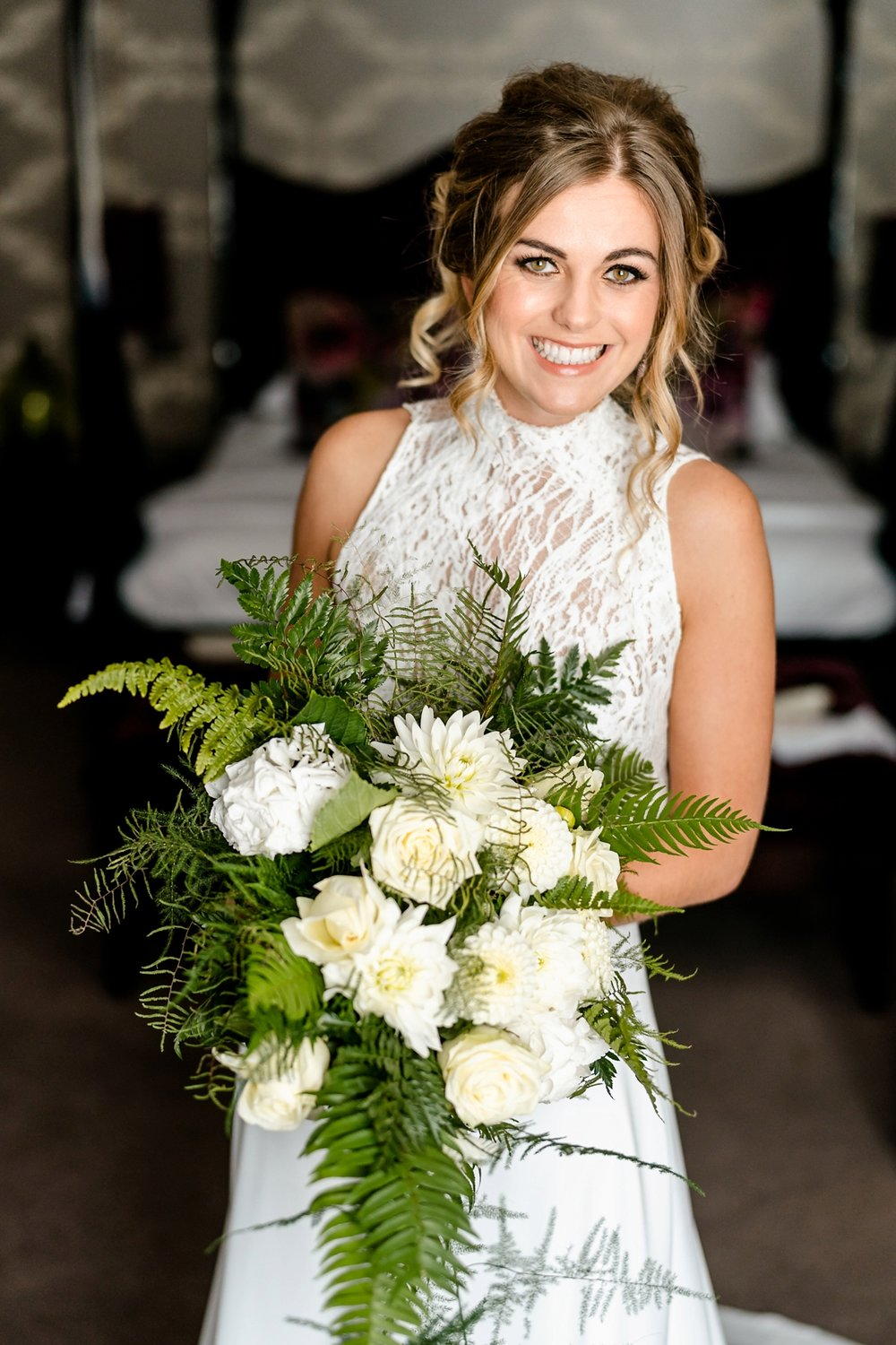 21-Jesus-Peiro-separates-for-a-stylish-and-modern-country-house-wedding.jpg