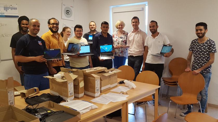 Im Haus Birkach finden regelmäßig Treffen von Mitgliedern des Freundeskreises und Flüchtlingen statt.Foto:  Treffen der Computerwerkstatt im Juni 2017