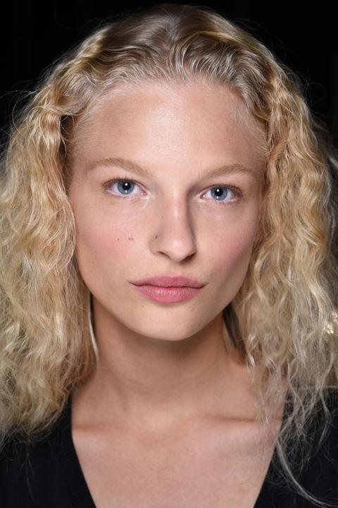 Photo 5 no makeup makeup.jpg3 - Copy.jpg