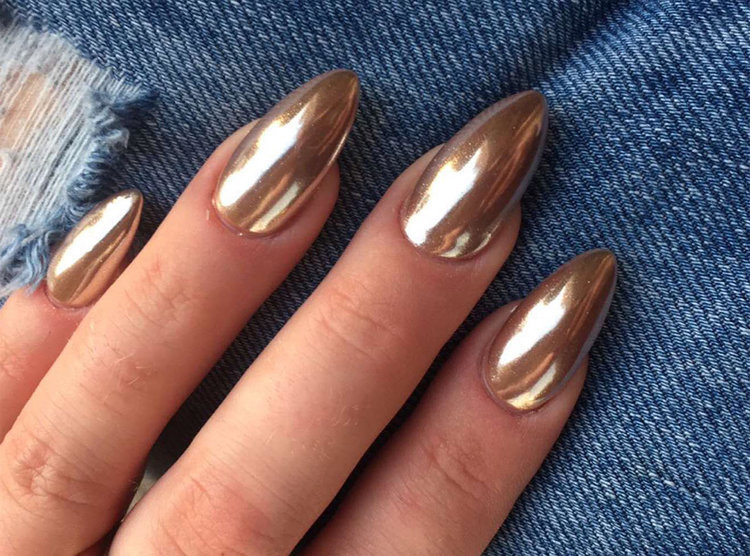 Chrome Nails: The Mirrored Look That is Making Us Double-Take — The ...