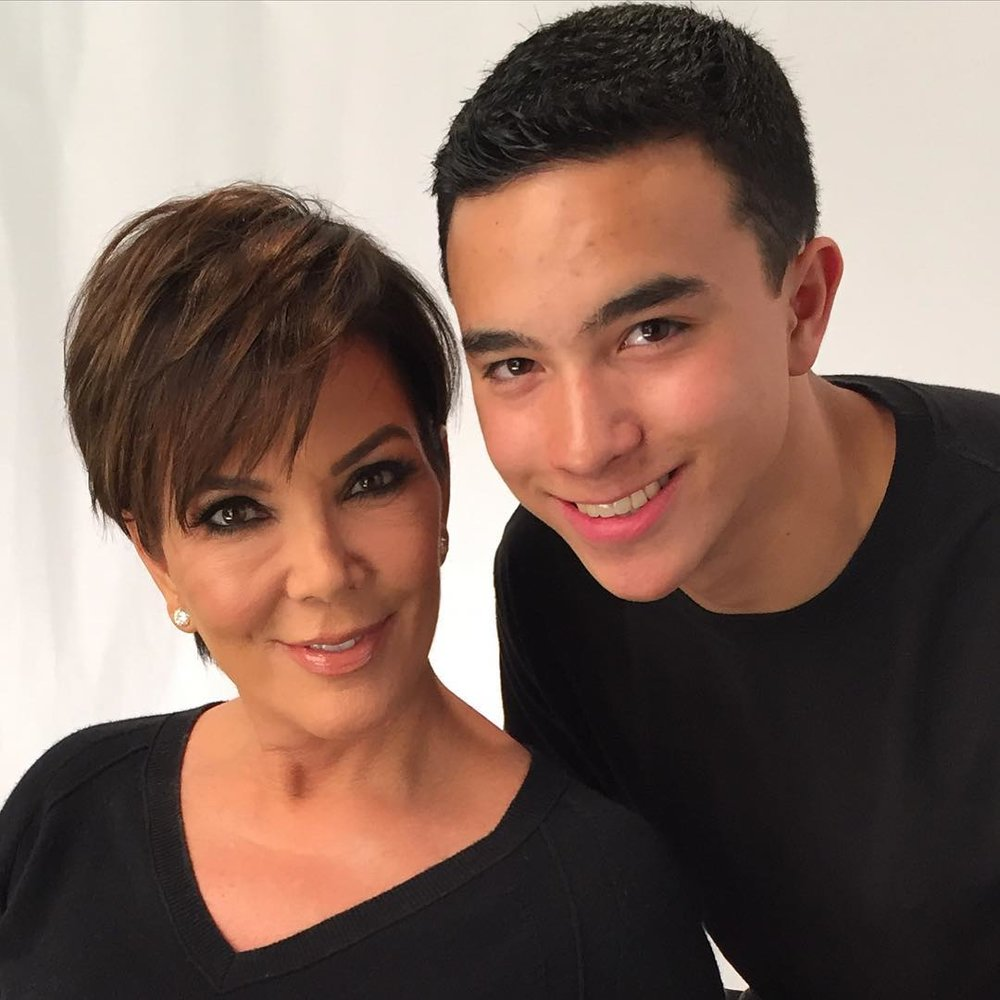 """This kid is only 16, and he's the magician behind the Kardashians' flawless makeup most of the time. Most people would never even dream of getting near the Kardashians, let alone getting to """"bake"""" their faces."""