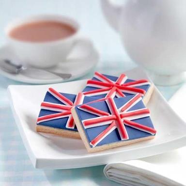 Uk-uk-girls-lovers-of-all-british-things-32656559-384-384.jpg