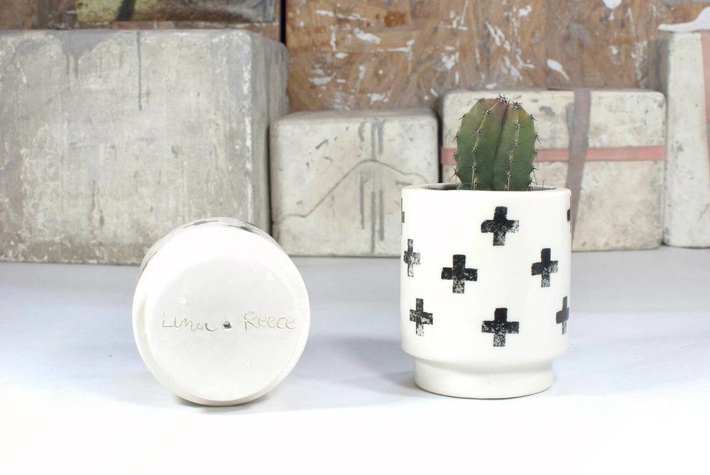 the-four-design-andrea-luna-reece-ceramics-flat-setup-7.jpg