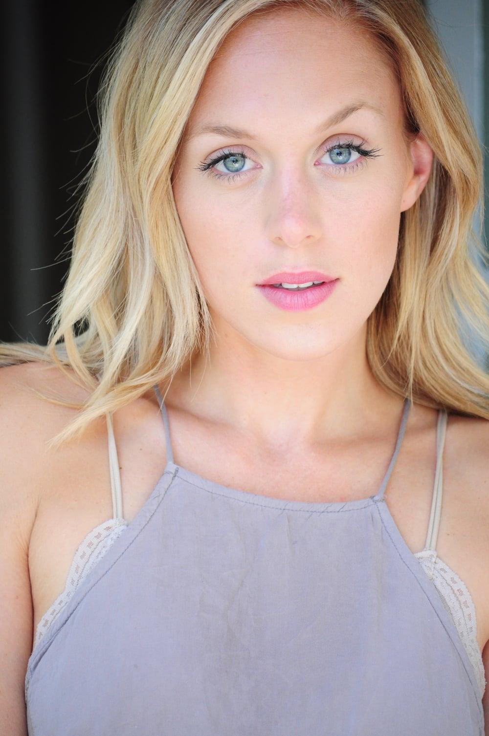 Katie Gunderson Nude Photos 81