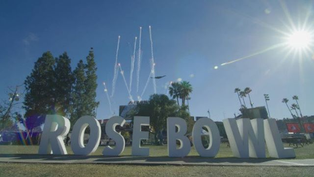 The B-2 Spirit Stealth Bomber flyover before the #rosebowl game today!2019 started our with a bang as I got the opportunity to work with @themattstv again to film an awesome piece at the Rose Bow fan festl for @nosotrostequila 🎥!! #Buckeyes congrats on your win 🏈🌹