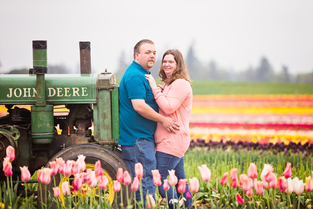 lindsey+scott tulip farm-5.jpg
