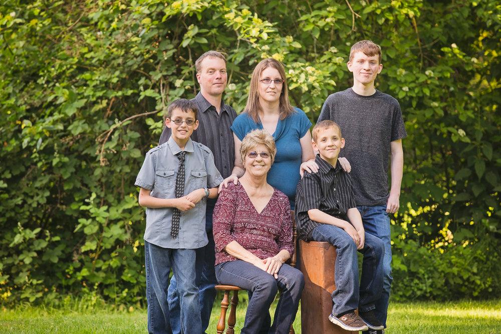 gallup family-1.jpg